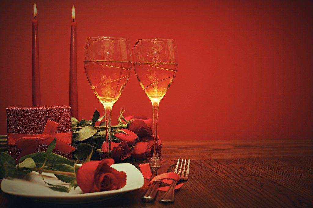 Valentines dinner table set up