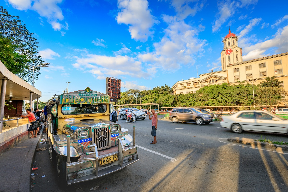 When in Manila: Taking Advantage of a Car Rental Service