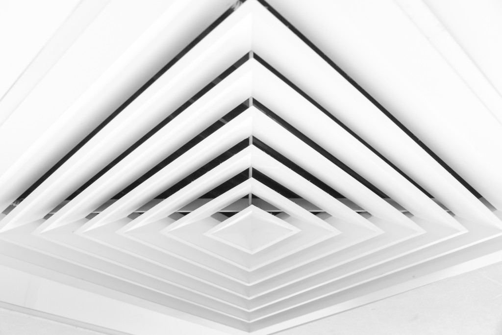 square air vent on the ceiling
