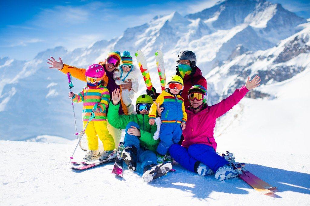 Family in skiing gear