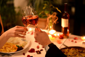 Keys to a Successful Date: These are the Traits Women Like
