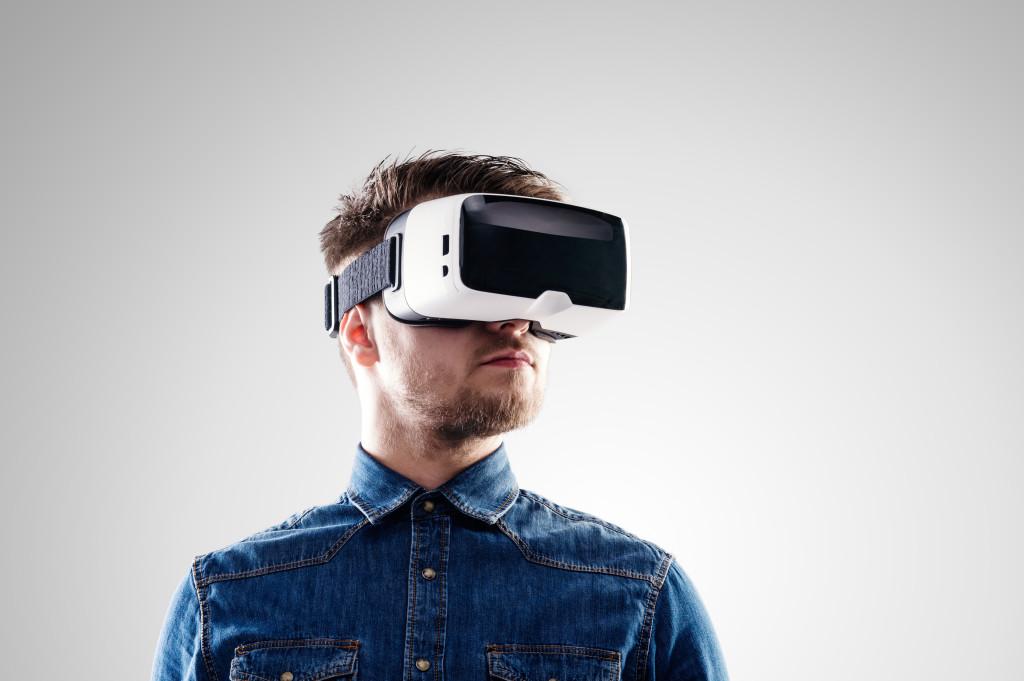 man using vr goggles